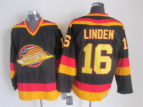 ... vancouver canucks jersey 10 pavel bure 1985 86 yellow ccm vintage  throwback mens vancouver canucks 16 16dcc7ef0
