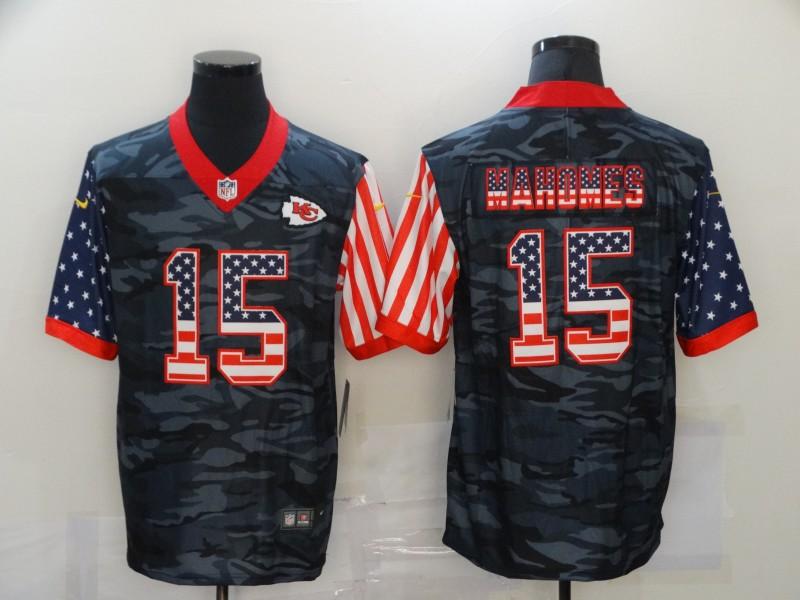 Men's Kansas City Chiefs #15 Patrick Mahomes USA Camo 2020 Salute To Service Stitched NFL Nike Limited Jersey