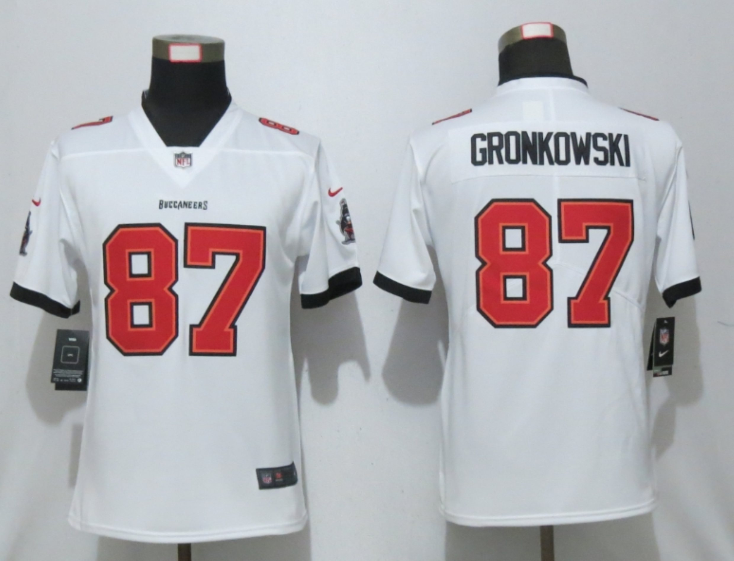 Women's Tampa Bay Buccaneers #87 Rob Gronkowski White 2020 NEW Vapor Untouchable Stitched NFL Nike Limited Jersey